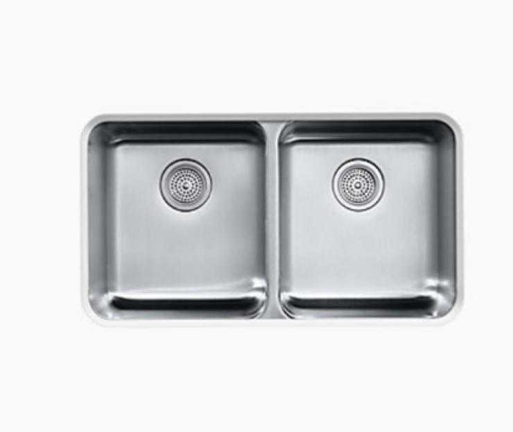 31-1/2 x 18 x 9-3/4 Undermount double-equal bowl kitchen sink